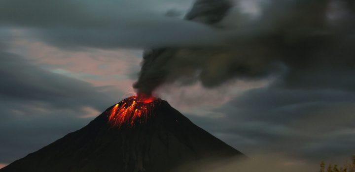 El volcán Tungurahua podría «colapsar», según un estudio